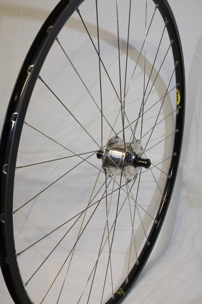 This wheel has the SON XS100 hub, a Mavic Open Pro rim, light weight